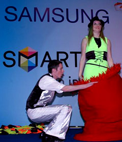 Quick Change performs for samsung in Oman